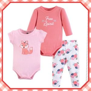 🦊New🦊3 Piece Floral Fox Bodysuits & Pants🦊